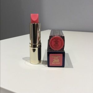 New Estée Lauder Lipstick  - Sky High 260